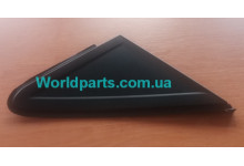Накладка бокового зеркала R (трехугольная) Focus 05-