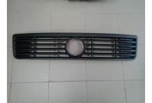 Решетка радиатора передняя VW LT 96-06