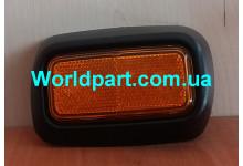 Отражатель переднего  бампера R Transit V184/V347